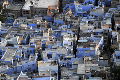 Jodhpur is the second major city of Rajasthan in India and there are actually many reasons why many of the houses in the old part of this gorgeous city are painted in the beautiful blue color. Read more about Jodhpur in this archive story.