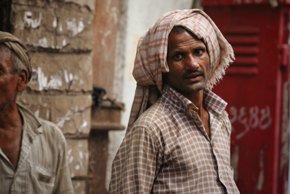 Umerkhadi is a densely populated region towards the eastern shore of downtown Mumbai that the photographer took pictures of during one of his journeys in India. Read about the area and portrait photography in this archive story.